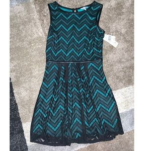 Speechless Green and  black lace dress